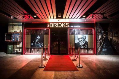 Bricks-front